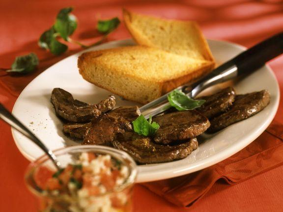 Rindfleisch mit Tomatensalat