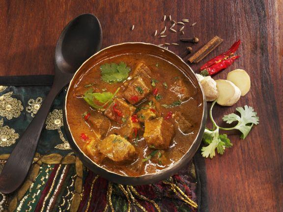Rindfleischragout mit Ingwer auf indische Art