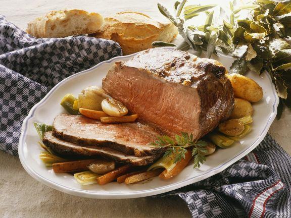 Roastbeef mit gemischtem Gemüse