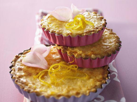 Rosenkuchen mit Mandelmilch und Zitrone