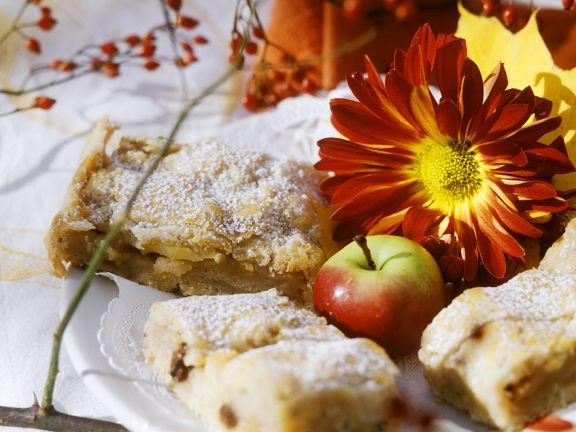 Rosinen-Apfelkuchen vom Blech
