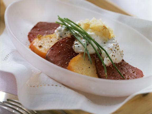 Rote-Bete aus dem Ofen mit Apfelschaum