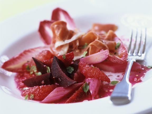 Rote Bete-Rhabarber-Salat mit Parmaschinken