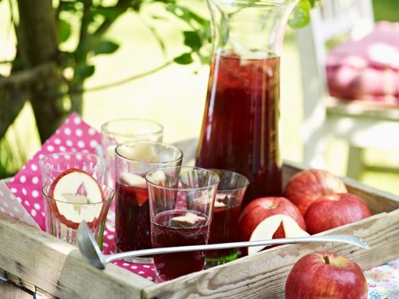 Rote Fruchtbowle