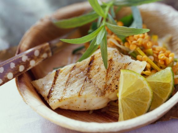 Rotes-Linsen-Gemüse mit gegrilltem Catfish