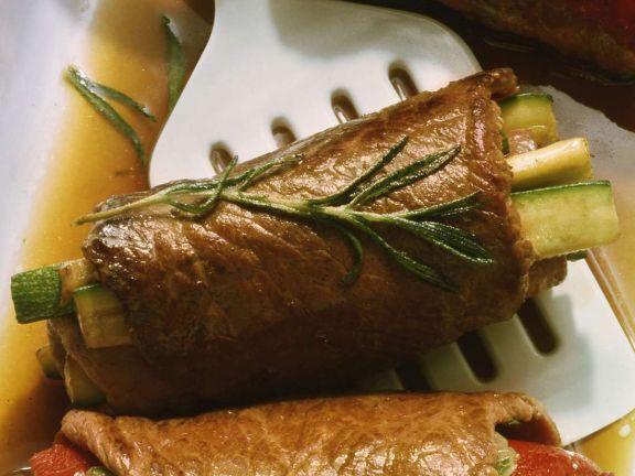 Rouladen mit Zucchinifüllung