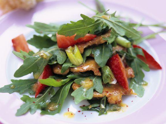 Rucola-Erdbeer-Salat mit Schweinefilet