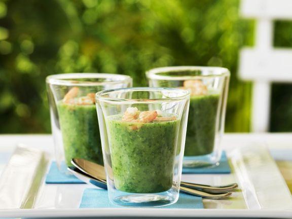 Rucola-Gurken-Suppe mit Garnelen