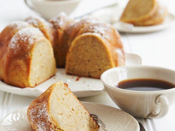 Rührkuchen mit Mandeln und Orange