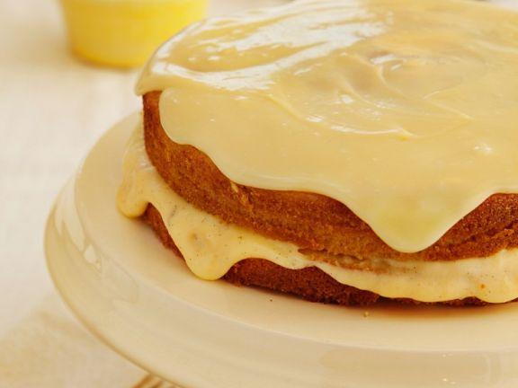 Rührkuchen mit Vanillecreme und Schokolade