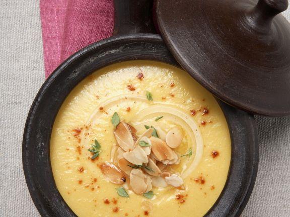 Safran-Zwiebel-Suppe