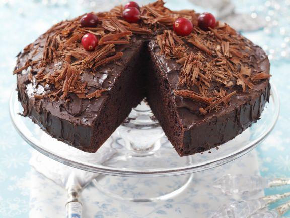 Saftiger Schokoladenkuchen mit Puddingcreme