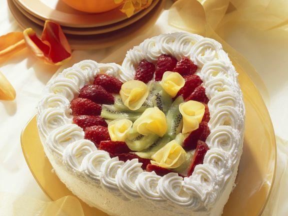 Sahne-Herztorte mit Früchten
