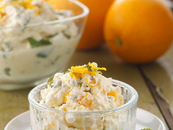 Sahnecreme mit Orangen und Minze