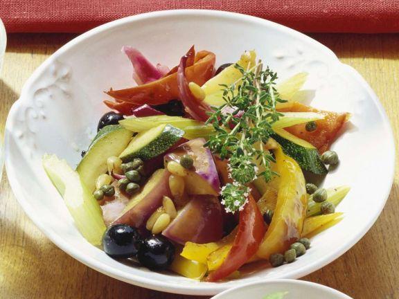 Salat aus Antipasti