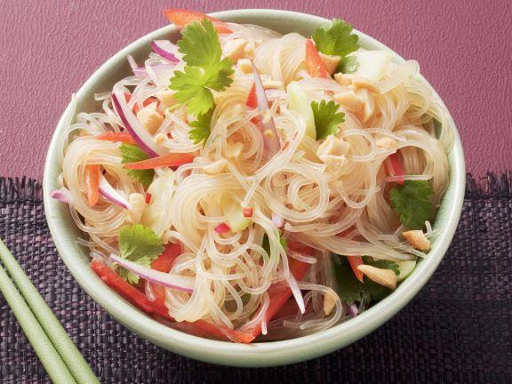 Salat aus Glasnudeln