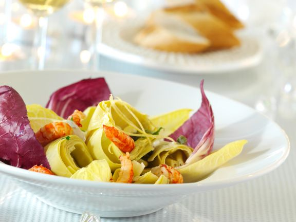 Salat aus marinierten Artischockenherzen