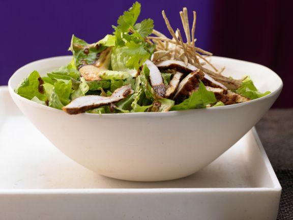Salat mit Chili-Huhn