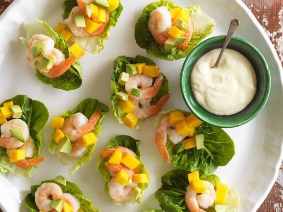 Salat-Häppchen mit Shrimps