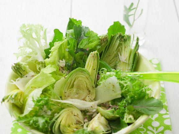 Salat mit Artischocken