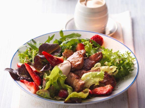 Salat mit chrispy chicken