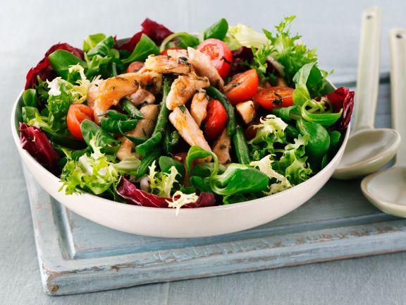 Salat mit Hähnchen
