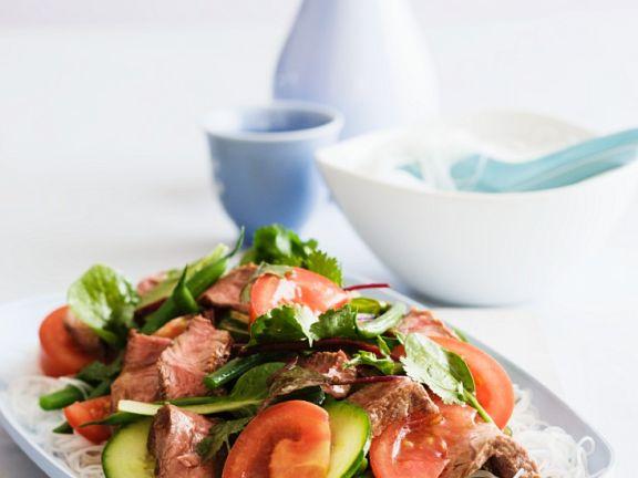 Salat mit Lammfleisch