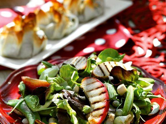 Salat mit Pfirsich