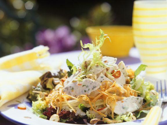 Salat mit Pute und Gemüse