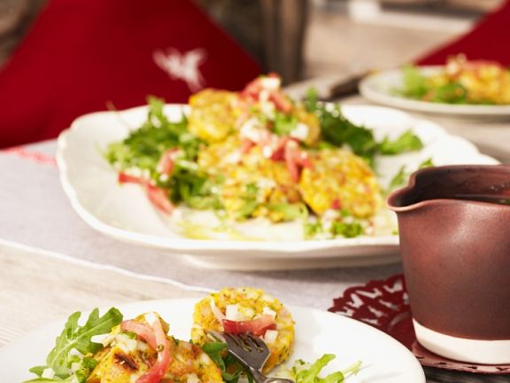 Salat mit Speckklößen