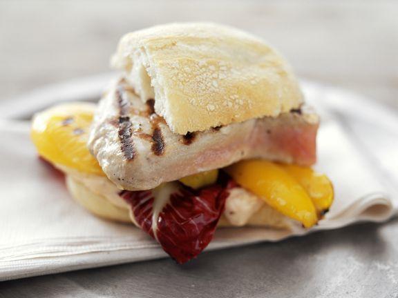 Sandwich mit Thunfischsteak