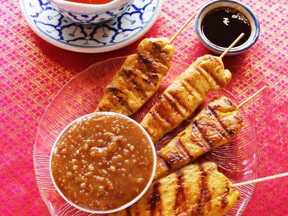 Saté mit Erdnusssoße