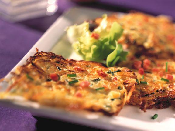 Sauerkraut-Kartoffelplätzchen mit Speck