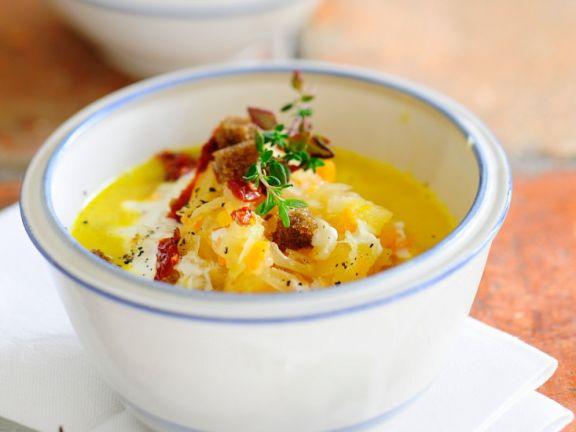 Sauerkraut-Möhrensuppe