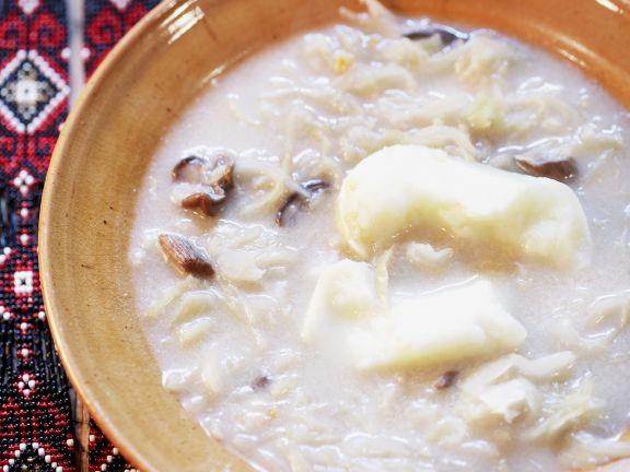 Sauerkrautsuppe auf polnische Art