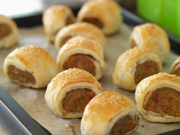 Sausage Rolls mit Sesam