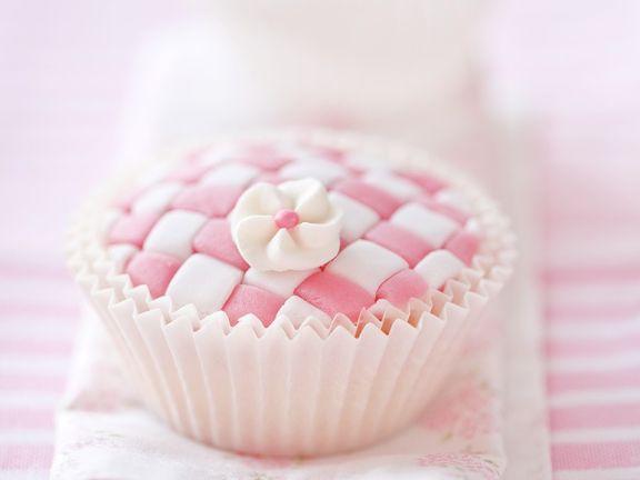 Schachbrett-Cupcake