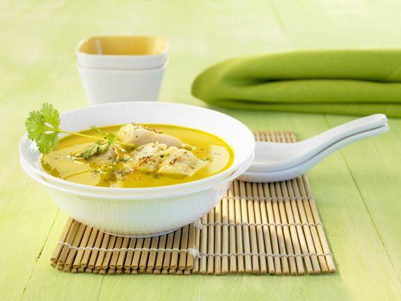Scharfe Fischsuppe mit Kokos