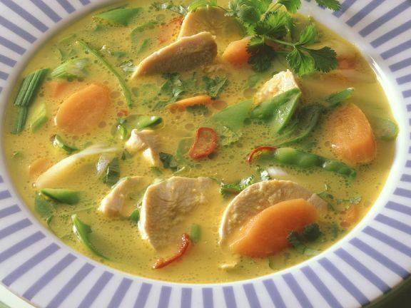 Scharfe Hühner-Gemüsesuppe