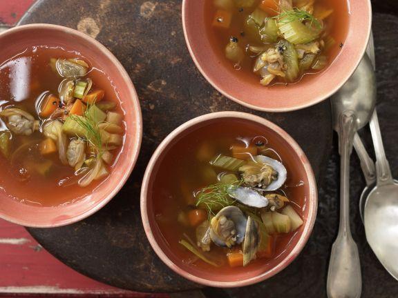 Scharfe Muschelsuppe