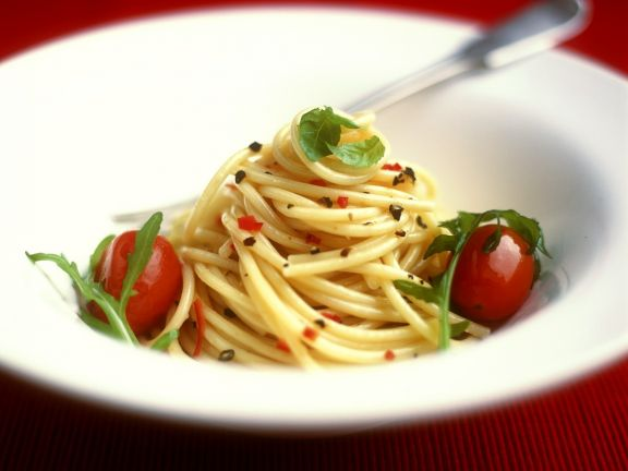 Scharfe Spaghetti mit Tomaten