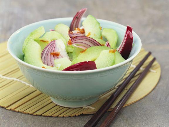 Scharfer Gurkensalat