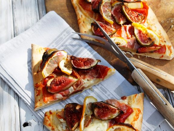 Schinken-Feigen-Pizza