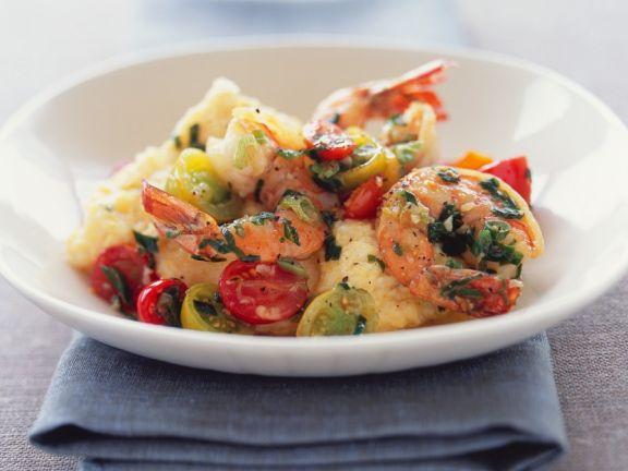 Schnelle Polenta mit Garnelen und Tomaten