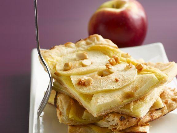Schneller Apfelkuchen vom Blech mit Quark