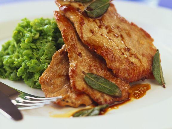 Schnitzel mit Kartoffel-Erbsenpüree