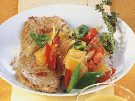 Schnitzel mit Paprikagemüse