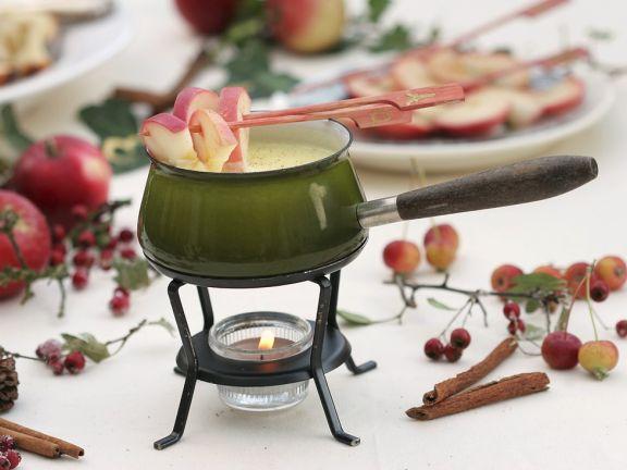 Schokofondue mit Äpfeln