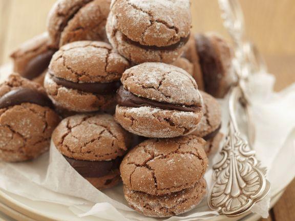 Schokoladen-Macarons