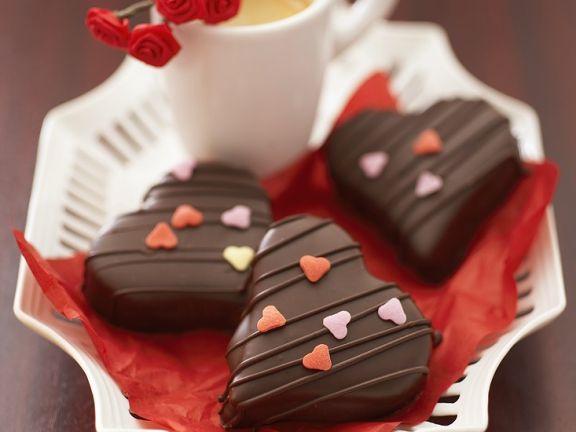 Schokoladenherzen mit Füllung